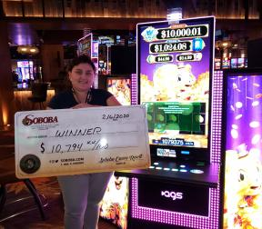 Congratulations to Araceli N, winning a jackpot of $10,794.00 on our Rakin Bacon